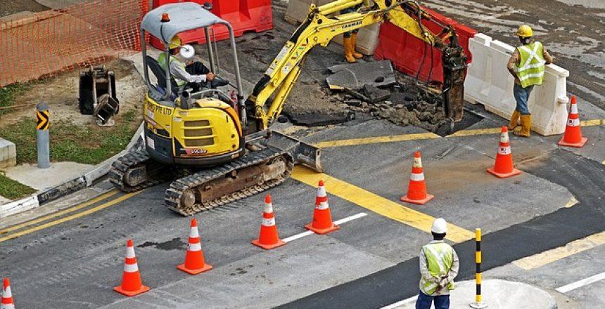 אביזרי בטיחות בכבישים